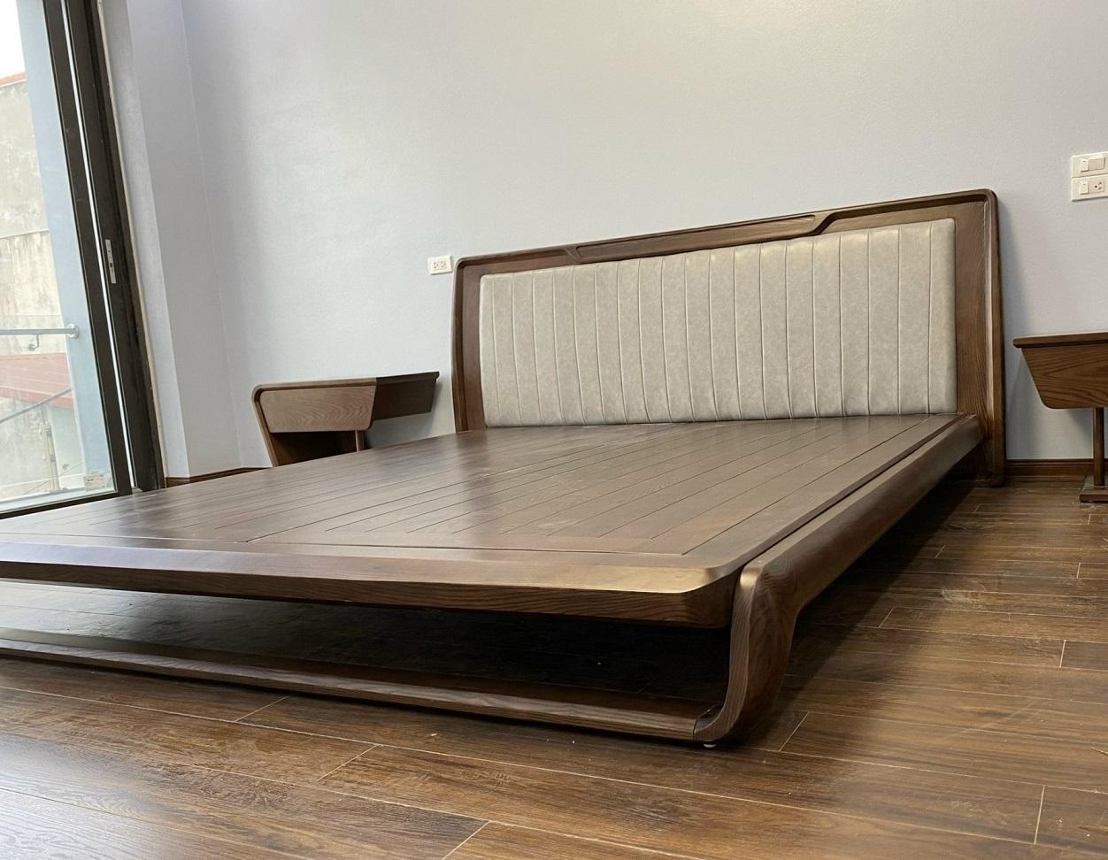 Khung giường bền bỉ, vững chắc nhờ chất gỗ cao cấp tự nhiên