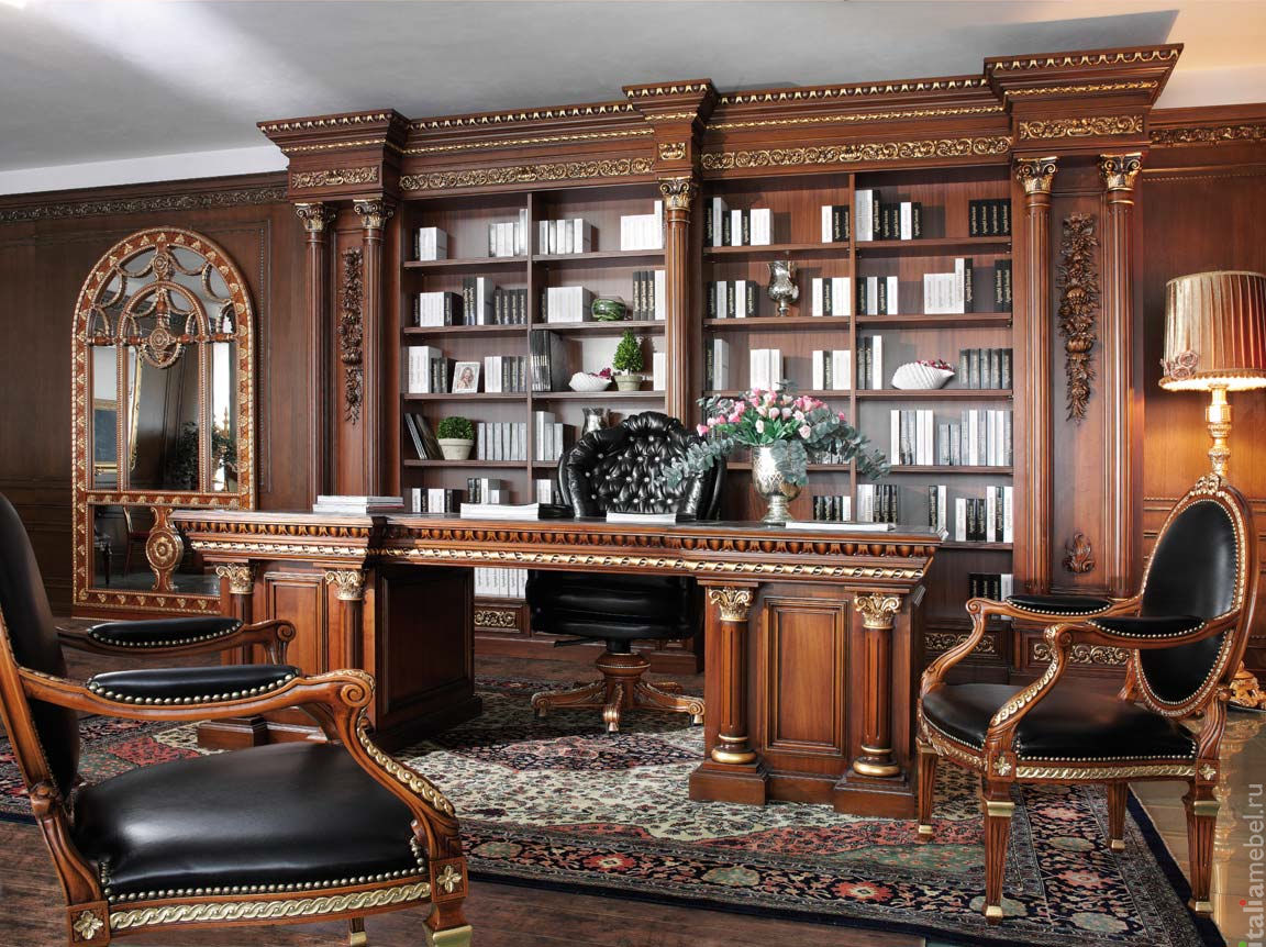 Phòng làm việc với thiết kế hoàn toàn từ gỗ quý hiếm