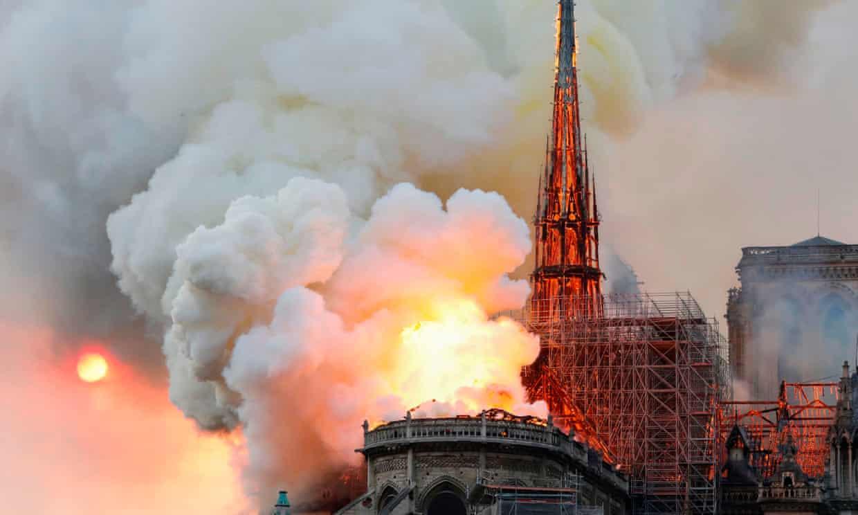 nhà thờ đức bà Paris