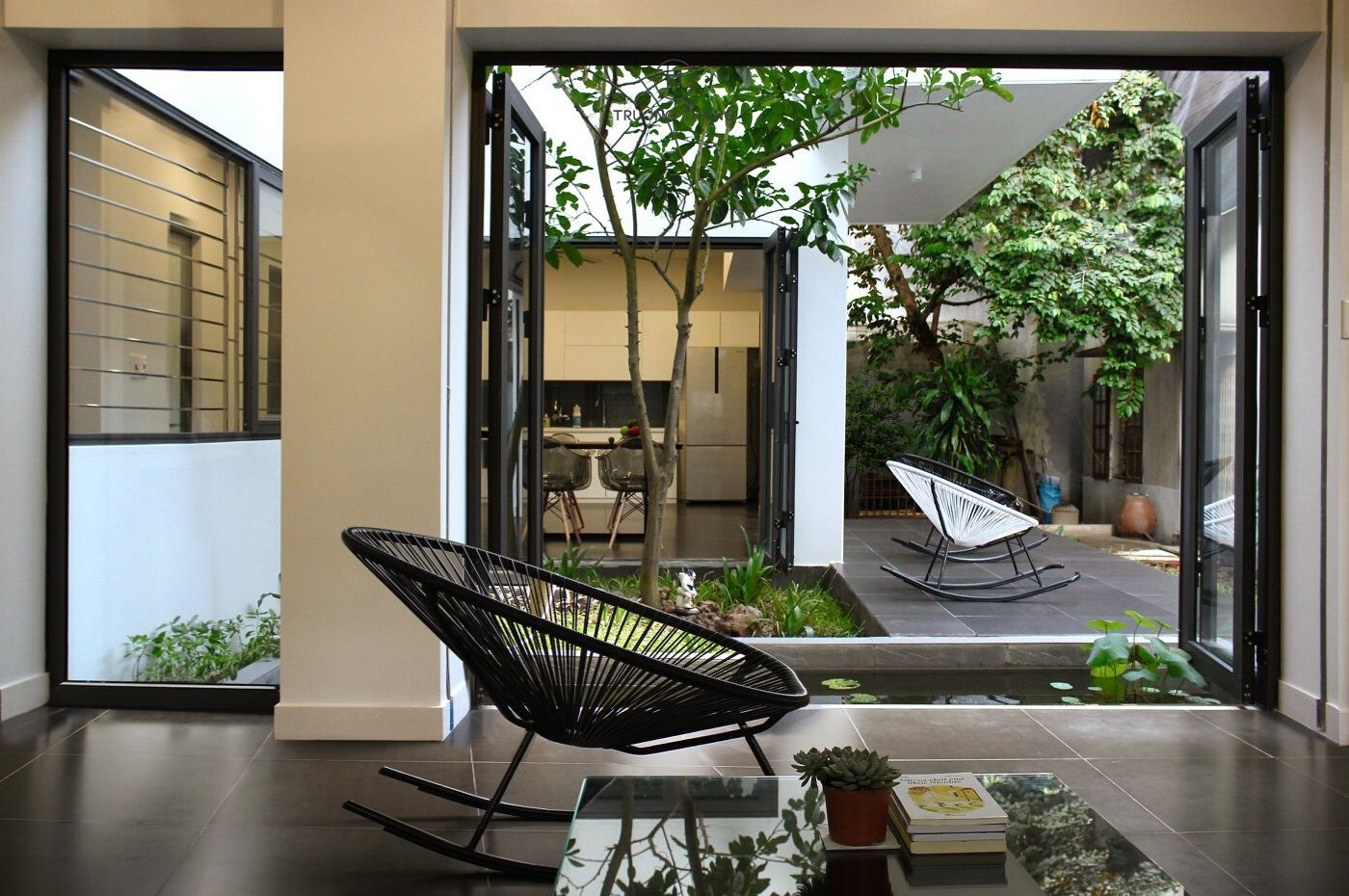 Thiết kế nội thất không gian xanh với vườn trong nhà | TRƯỜNG THẮNG